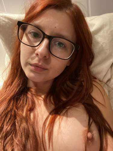 Оленька (28 years) (Photo!) offering virtual services (Ad #5342904)